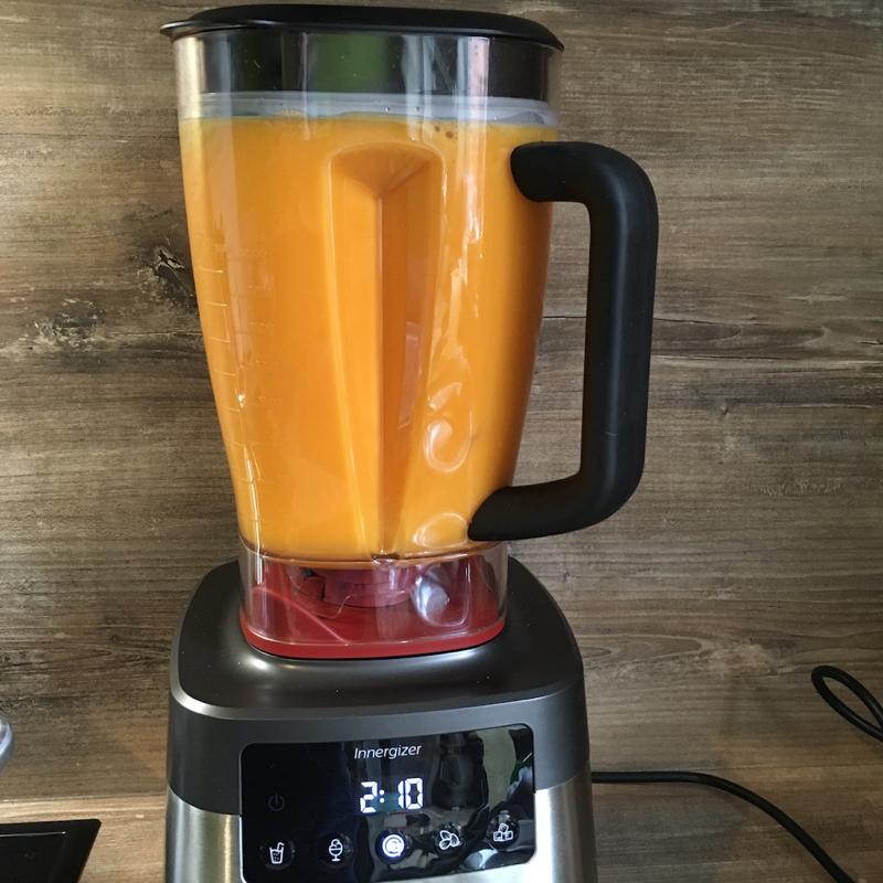 Test met de Philips hogesnelheidsblender: rauwe soep maken