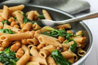 volkoren pasta met kikkererwten van ottolenghi